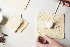 Μαγειρεύοντας μπισκότα στοκ φωτογραφία με δικαίωμα ελεύθερης χρήσης