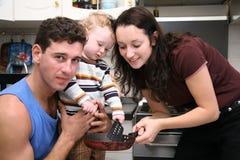 μαγειρεύοντας οικογέν&epsi
