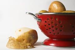 μαγειρεύοντας πατάτες Στοκ Φωτογραφία