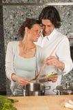 μαγειρεύοντας τον χαμόγ&epsi Στοκ φωτογραφία με δικαίωμα ελεύθερης χρήσης