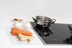 μαγειρεύοντας τρόφιμα ακ στοκ φωτογραφίες