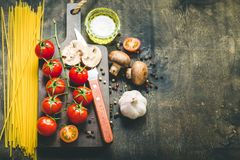 Μαγειρεύοντας υπόβαθρο τροφίμων Στοκ φωτογραφίες με δικαίωμα ελεύθερης χρήσης