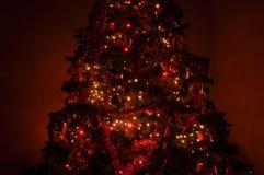 μαγικό δέντρο Χριστουγένν&om Στοκ Φωτογραφίες