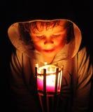 Μαγικό φως με το μικρό παιδί στοκ φωτογραφίες