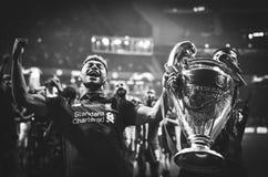 Μαδρίτη, Ισπανία - 1 ΜΑΐΟΥ 2019: Ο αρχιθαλαμηπόλος και η Rhian Brewster γιορτάζουν τη νίκη τους του UEFA Champions League το 2019 στοκ εικόνα