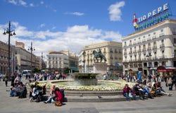 ΜΑΔΡΊΤΗ, ΙΣΠΑΝΙΑ - 28 ΜΑΐΟΥ 2014: Κέντρο της πόλης της Μαδρίτης, Puerta del Sol πλατεία Στοκ φωτογραφίες με δικαίωμα ελεύθερης χρήσης