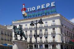 ΜΑΔΡΊΤΗ, ΙΣΠΑΝΙΑ - 28 ΜΑΐΟΥ 2014: Κέντρο της πόλης της Μαδρίτης, Puerta del Sol πλατεία Στοκ Φωτογραφία