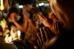 Μαζί προσευχόμαστε στοκ εικόνες