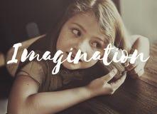 Μαθαίνοντας εφηβική έννοια αποστολής παιδιών Στοκ Εικόνες