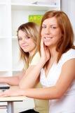 μαθαίνοντας σπουδαστές & στοκ φωτογραφία