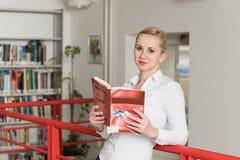 μαθαίνοντας σπουδαστής & Στοκ φωτογραφίες με δικαίωμα ελεύθερης χρήσης