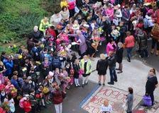Μαθητές σε μια ημέρα γνώσης Στοκ εικόνες με δικαίωμα ελεύθερης χρήσης