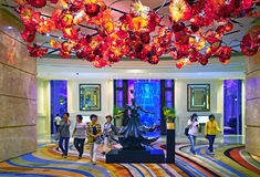 Μακάο - 20 Νοεμβρίου 2015: Μεγάλο εσωτερικό λόμπι ξενοδοχείων MGM στοκ εικόνες