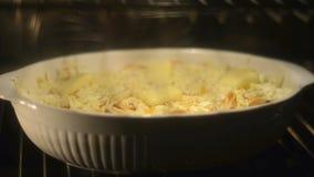 Μακαρόνια και τυρί φιλμ μικρού μήκους