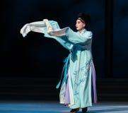 """Μακριά εσθήτα οι μανίκι-έκτες υπερχειλίσεις χρυσό λόφος-Kunqu Opera""""Madame άσπρο Snake† νερού πράξεων Στοκ Φωτογραφίες"""