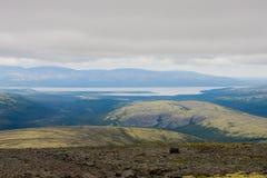 μακριά μακρινή λίμνη Στοκ Εικόνες