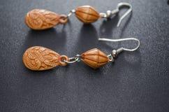 Μακριά σκουλαρίκια Στοκ φωτογραφία με δικαίωμα ελεύθερης χρήσης
