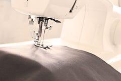 Μακροεντολή μηχανών ραψίματος Στοκ φωτογραφία με δικαίωμα ελεύθερης χρήσης