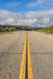 Μακροχρόνια άποψη του δρόμου Καλιφόρνιας Στοκ Εικόνες