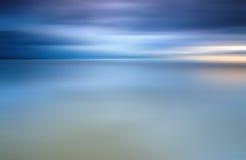 Μακροχρόνια έκθεση των σύννεφων για το υπόβαθρο Στοκ εικόνα με δικαίωμα ελεύθερης χρήσης
