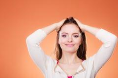 Μακροχρόνιο ευθύ πορτρέτο τρίχας γυναικών makeup Στοκ Εικόνες