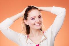 Μακροχρόνιο ευθύ πορτρέτο τρίχας γυναικών makeup Στοκ φωτογραφία με δικαίωμα ελεύθερης χρήσης