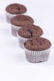 Μακρο άποψη muffin σοκολάτας πέρα από το λευκό Στοκ Εικόνες