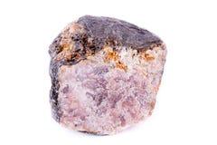 Μακρο ορυκτή πέτρα ανδαλουσίτη σε ένα άσπρο υπόβαθρο Στοκ φωτογραφίες με δικαίωμα ελεύθερης χρήσης