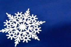 Μακρο πυροβολισμός από Snowflake αφηρημένος χειμώνας ανασκόπησης Στοκ φωτογραφία με δικαίωμα ελεύθερης χρήσης