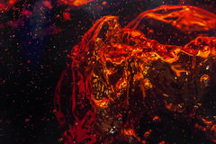 Μακρο φυσαλίδα και αφρός στον τοίχο γυαλιού της κόλας Στοκ φωτογραφία με δικαίωμα ελεύθερης χρήσης