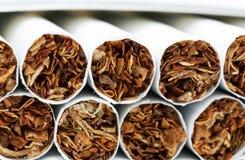 Σωρός των τσιγάρων στοκ εικόνα