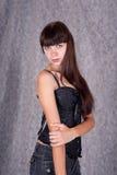 Μακρυμάλλες νέο κορίτσι Στοκ φωτογραφία με δικαίωμα ελεύθερης χρήσης