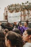 ΜΑΛΑΓΑ, ΙΣΠΑΝΙΑ - 8 ΜΑΡΤΊΟΥ 2018: Χιλιάδες γυναίκες συμμετέχουν στη φεμινιστική απεργία την ημέρα γυναικών στο κέντρο πόλεων της  Στοκ εικόνα με δικαίωμα ελεύθερης χρήσης