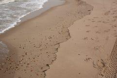 Μαλακό όμορφο ωκεάνιο κύμα στην αμμώδη παραλία r στοκ φωτογραφία με δικαίωμα ελεύθερης χρήσης