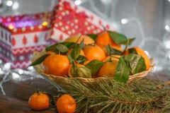 Μανταρίνια στο χρόνο Χριστουγέννων στοκ φωτογραφία με δικαίωμα ελεύθερης χρήσης