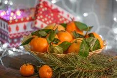 Μανταρίνια στο χρόνο Χριστουγέννων Στοκ Φωτογραφίες