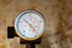 Μανόμετρο δύο πίεσης Στοκ Φωτογραφία
