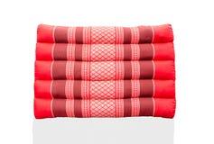 Μαξιλάρι τριγώνων ένα εγγενές ταϊλανδικό μαξιλάρι ύφους παράδοσης Στοκ Φωτογραφία