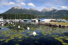 Μαρίνα Αγίου jorioz, λίμνη του Annecy Στοκ Φωτογραφίες
