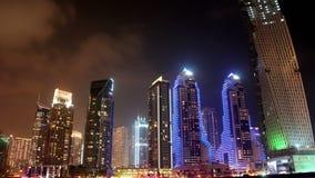 Μαρίνα του Ντουμπάι νύχτας, Ηνωμένα Αραβικά Εμιράτα απόθεμα βίντεο