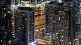 Μαρίνα του Ντουμπάι τη νύχτα από το fooftop, κυκλοφορία απόθεμα βίντεο