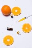 Μαρκάροντας πρότυπο Το φυσικό ουσιαστικό πετρέλαιο, καλλυντικό μπουκάλι περιέχει Στοκ Φωτογραφίες