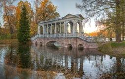 Μαρμάρινη γέφυρα, πάρκο της Catherine, Αγία Πετρούπολη Στοκ φωτογραφία με δικαίωμα ελεύθερης χρήσης