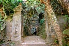 Μαρμάρινη είσοδος Βιετνάμ ναών βουνών στοκ φωτογραφία