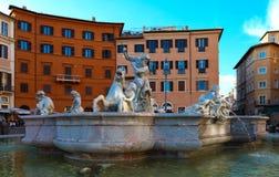 Μαρμάρινη πηγή στο navona πλατειών, Ρώμη, Ιταλία Στοκ εικόνες με δικαίωμα ελεύθερης χρήσης