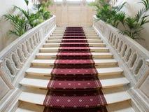 Μαρμάρινη σκάλα στο παλάτι Yusupov, Αγία Πετρούπολη Στοκ Εικόνες