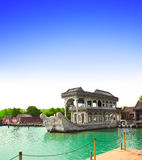 Μαρμάρινος κυνόδοντας Shi σκαφών, θερινό παλάτι, Πεκίνο, Κίνα στοκ εικόνα