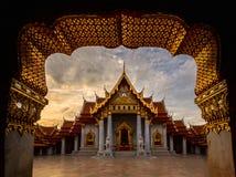 Μαρμάρινος ναός στη Μπανγκόκ Ταϊλάνδη Στοκ εικόνες με δικαίωμα ελεύθερης χρήσης
