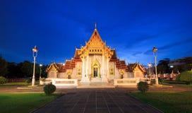 μαρμάρινος ναός Ταϊλάνδη νύχτ& Στοκ φωτογραφία με δικαίωμα ελεύθερης χρήσης