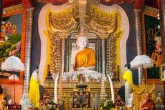 Μαρμάρινο άγαλμα του Βούδα στο ναό WANG wiwekaram, Sangklaburi Στοκ Εικόνες